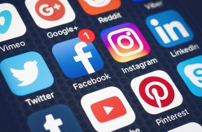 stay safe while using social networks